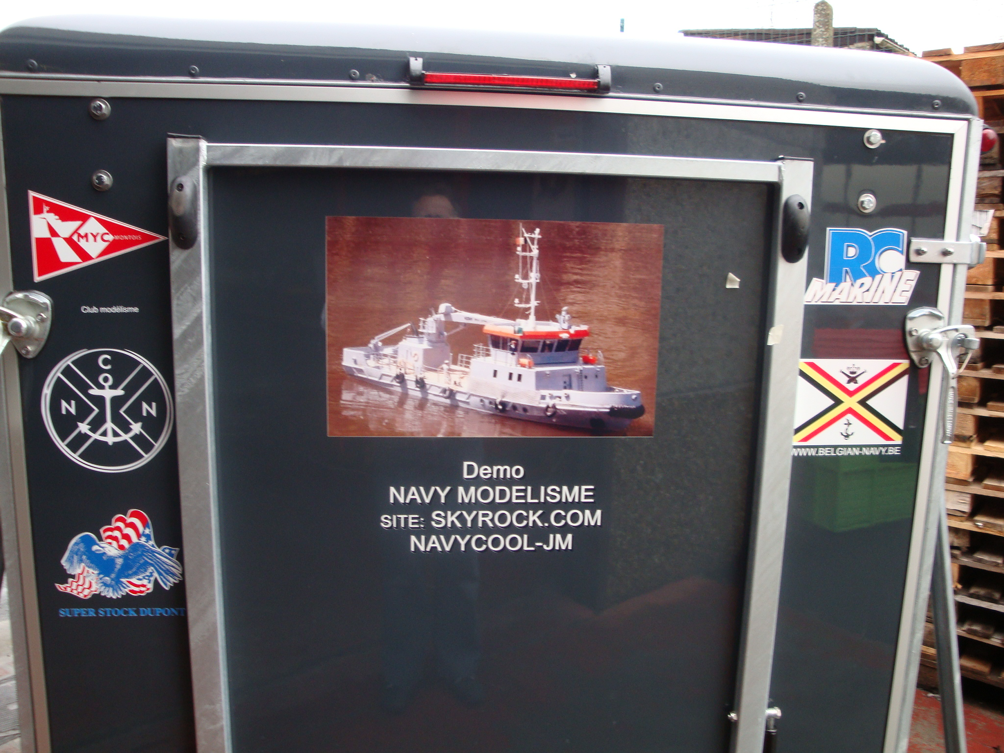 La flotte de NAVYCOOL - Page 3 100223031319990285502458