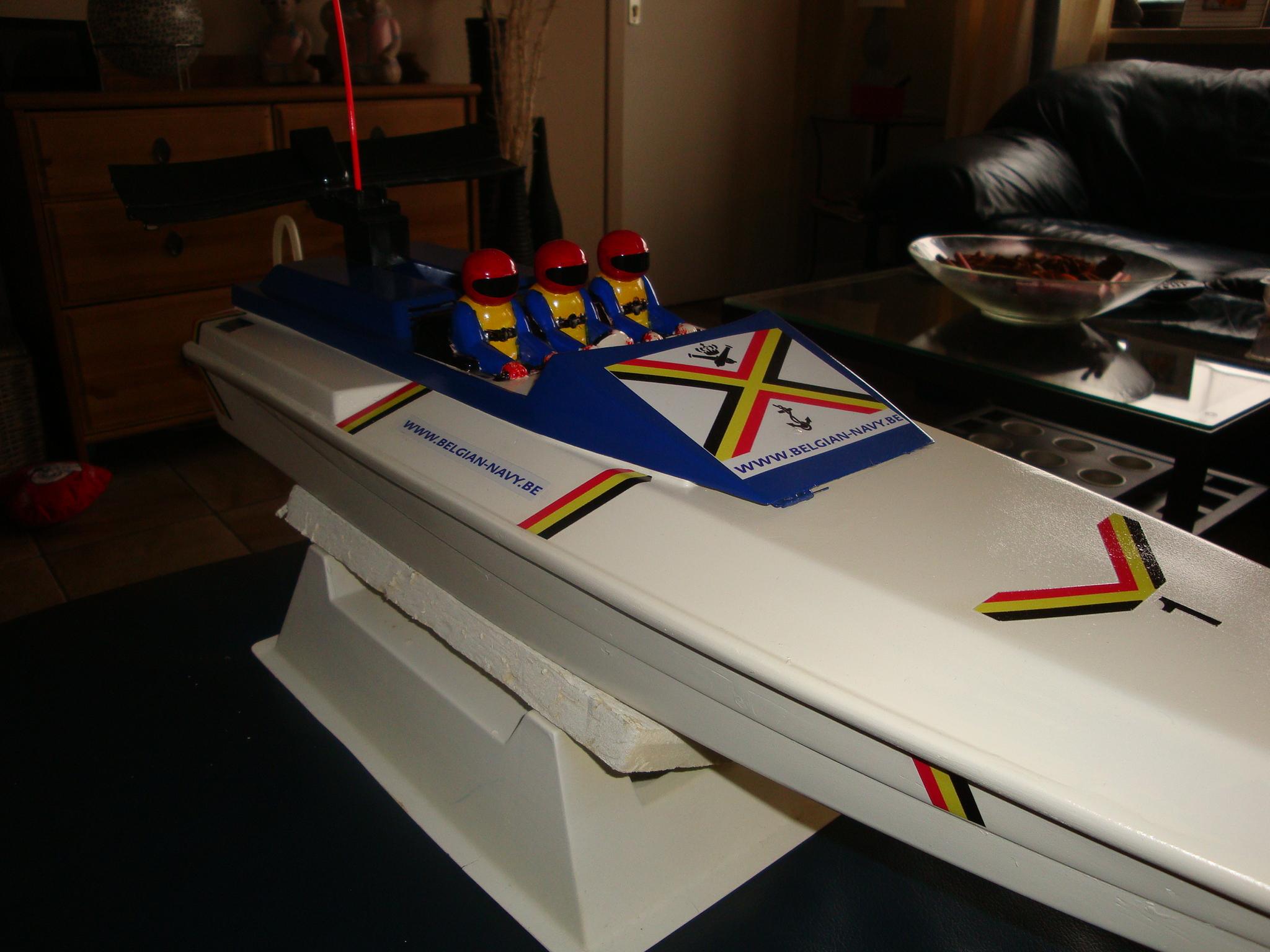 La flotte de NAVYCOOL - Page 3 100223110407990285500549