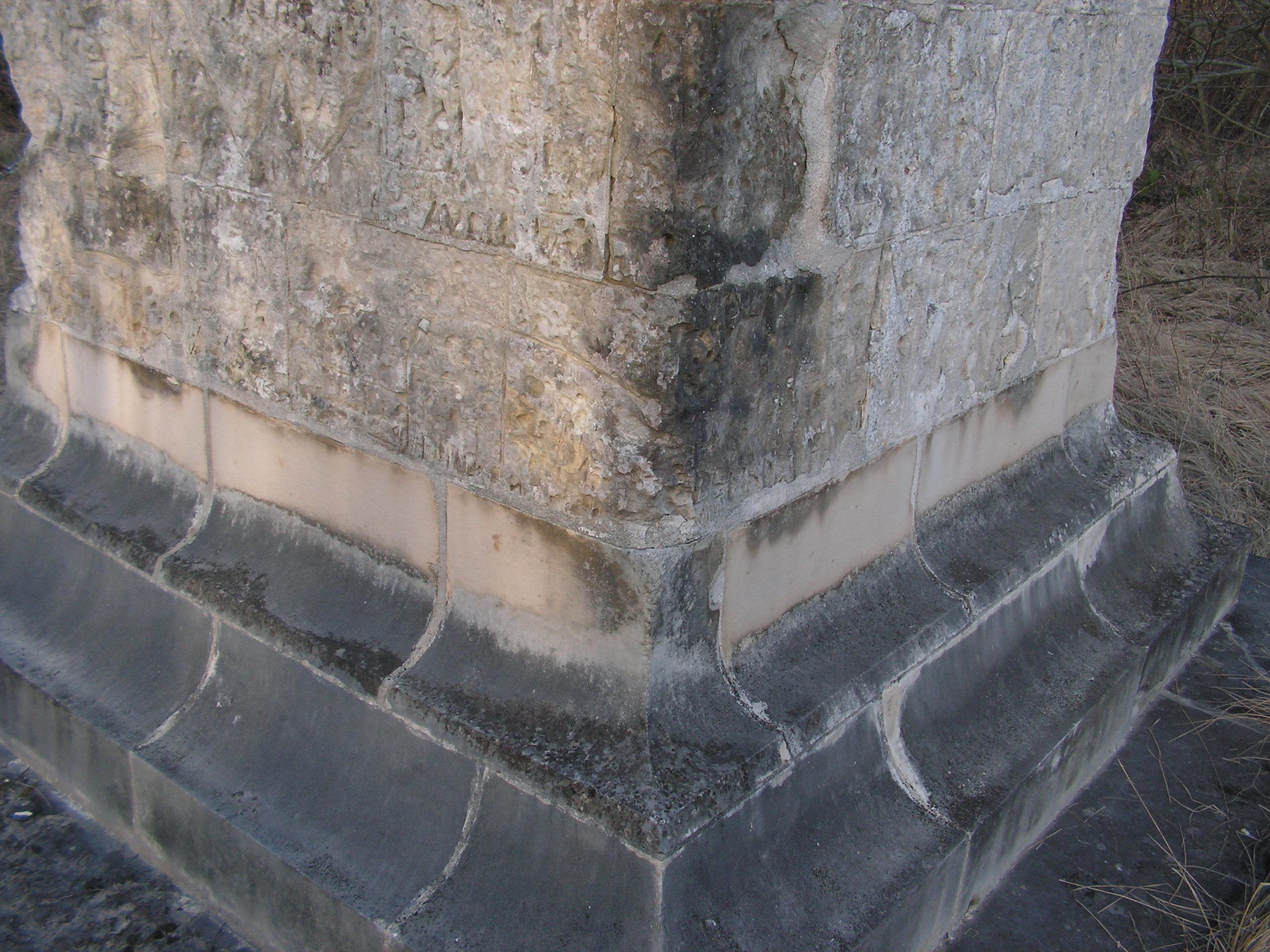 Colonne d'Helfaut érigée à la mémoire du Duc d'Orléans 100303103246567535558153