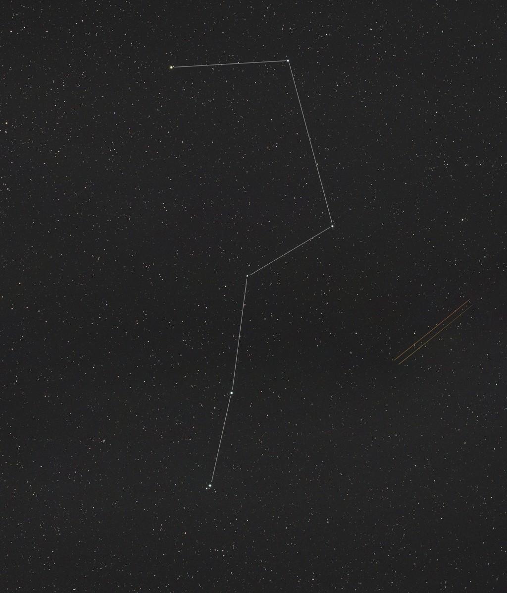 Pollution lumineuse, mosaïques, constellations et croissant... 10031008094240455603796