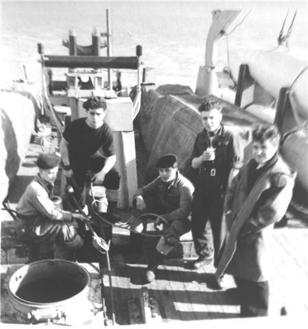 M900 / A954 Adrien De Gerlache (ex HMS Liberty) - Page 2 100312124035997005613025