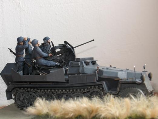 sdkfz 251/17 ausf C Dragon 1/35 100404045401667015765940