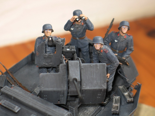 sdkfz 251/17 ausf C Dragon 1/35 100404045412667015765941