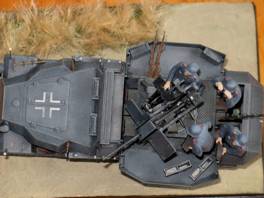 sdkfz 251/17 ausf C Dragon 1/35 100404045422667015765943