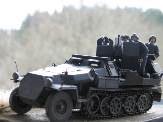 sdkfz 251/17 ausf C Dragon 1/35 100404045449667015765945