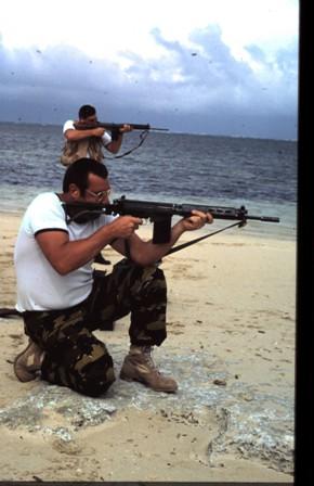 A961 Zinnia - Operation EQUATOR KISS (dec 1992 - jan 94) - Page 3 1004190821401050245866542