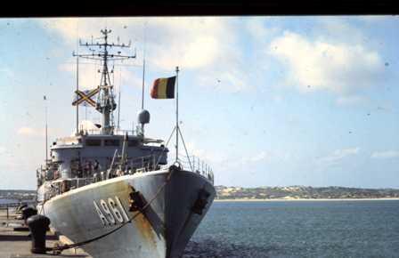 A961 Zinnia - Operation EQUATOR KISS (dec 1992 - jan 94) - Page 4 1004190838481050245866642