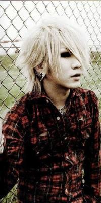 Ruki (The GazettE) 100426103527988195913740