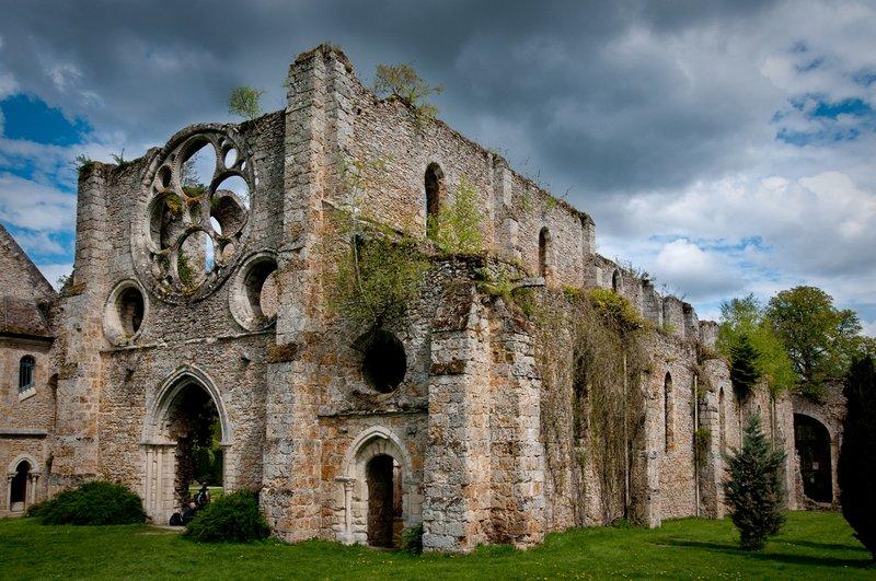 Abbaye des Vaux de Cernay 100426111958896745914115