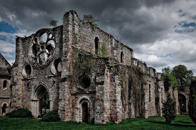 Abbaye des Vaux de Cernay 100426112002896745914116