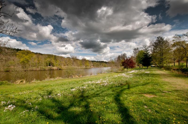 Abbaye des Vaux de Cernay : l'étang 100428110326896745926369