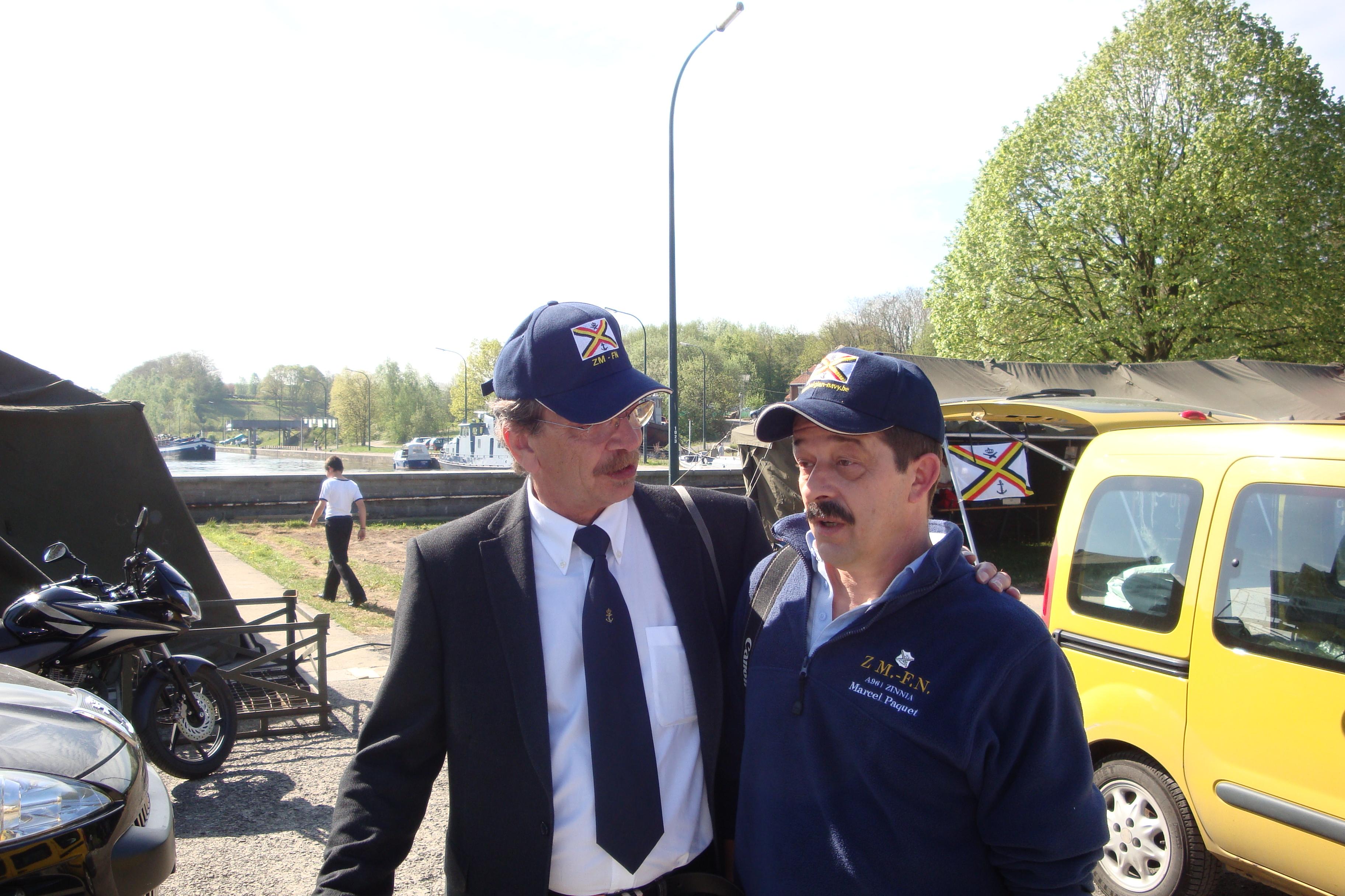 photos de la réunion des anciens à Ittre le 1er mai 2010 - Page 4 100502120500990285945069