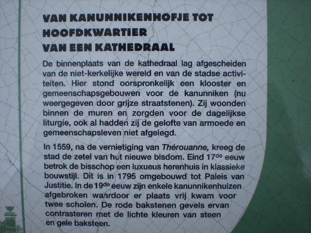 Het Nederlands en het Frans-Vlaams bij de ontwikkeling van het toerisme in Frans-Vlaanderen 100504022834970735963444