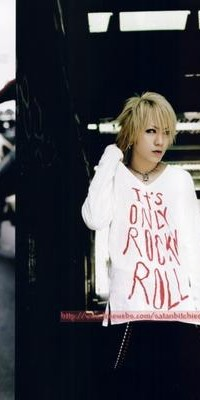 Ruki (The GazettE) 100511025317988196007494