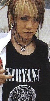 Ruki (The GazettE) 100511025317988196007495