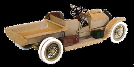 Les roues arrières sont jumelées comme sur les Silver Ghost auto-mitrailleuses