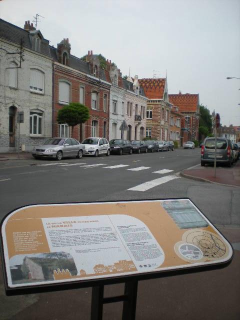 Het Nederlands en het Frans-Vlaams bij de ontwikkeling van het toerisme in Frans-Vlaanderen 100528091951970736121009