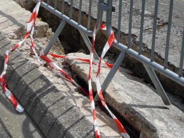 http://nsm03.casimages.com/img/2010/06/04/100604064059390116165052.jpg