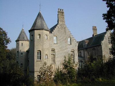Kastelen en herenhuizen van Frans-Vlaanderen 100613105337970736217324