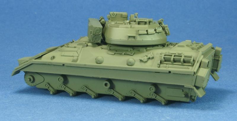 [revell] M3 Bradley 1/72 1006210720081050216271814