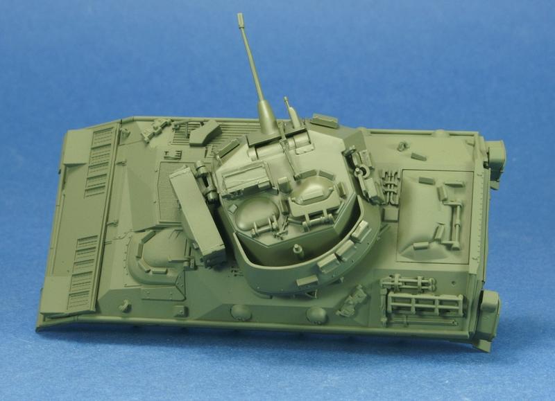[revell] M3 Bradley 1/72 1006210720081050216271815