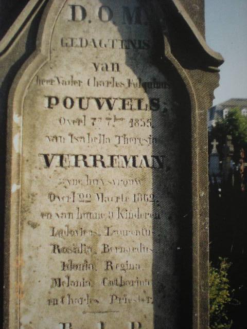 Frans-Vlaamse en oude Standaardnederlandse teksten en inscripties - Pagina 4 100701103423970736332527