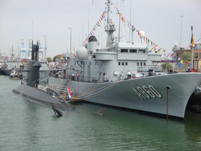 Vos photos du Navy Day 03&04/07/2010  100705040527895286351416