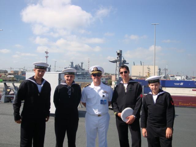Vos photos du Navy Day 03&04/07/2010  100705041557895286351552