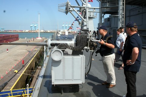 Vos photos du Navy Day 03&04/07/2010  - Page 2 100707122352895286362911