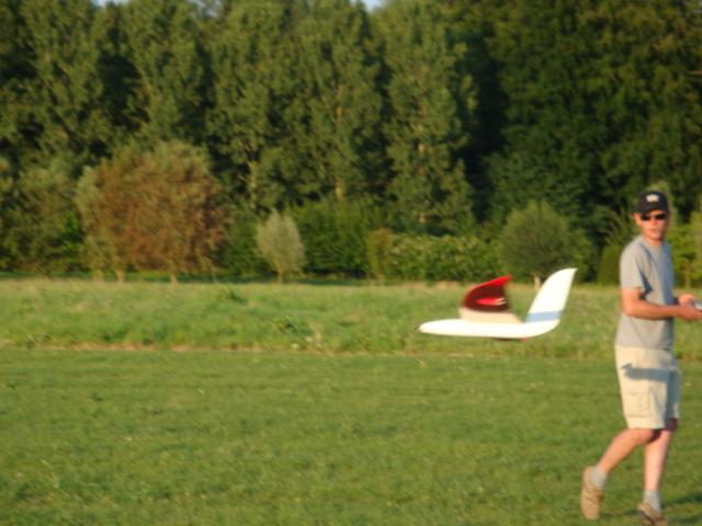 salon du modélisme du 7 et 8 août 2010 à Enghien - Page 2 100708073123895286367186