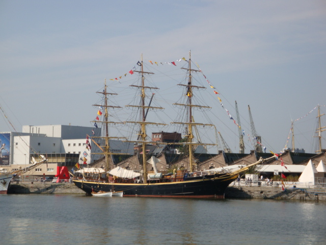 TALL SHIP RACE Anvers2010 & Cutty Sark race 1990(Zeebruges) 100711024349895286383787