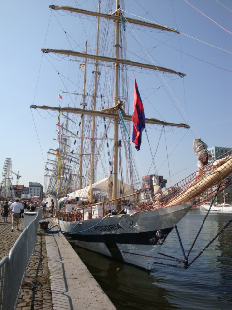 TALL SHIP RACE Anvers2010 & Cutty Sark race 1990(Zeebruges) 100711024350895286383793