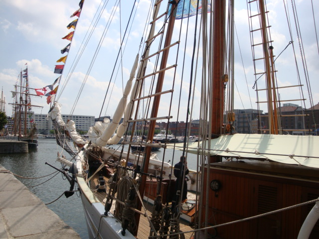 TALL SHIP RACE Anvers2010 & Cutty Sark race 1990(Zeebruges) 100711024938895286383875