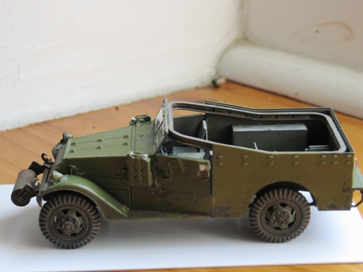 scout car version française Zvesda 1/35 - Page 4 100712125044667016388892