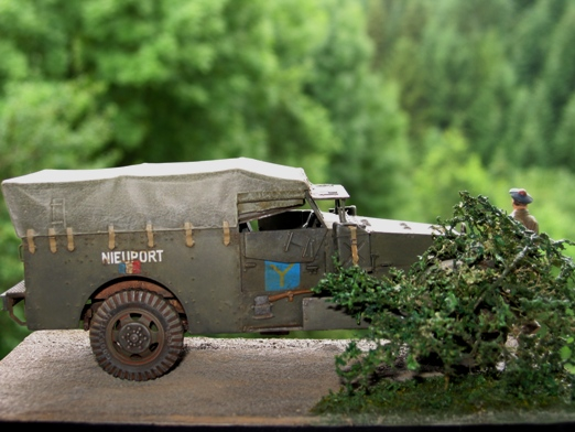 scout car version française Zvesda 1/35 100722045551667016444406