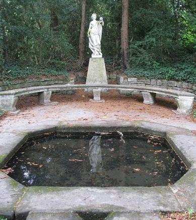 Gc2c1ve jardin anglais du ch teau de fontainebleau for Jardin anglais chateau fontainebleau