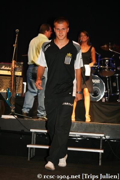Présentation équipe 2010-2011 R.C.S.C. [Photos] (Coliseum) 1007240927131004306453569