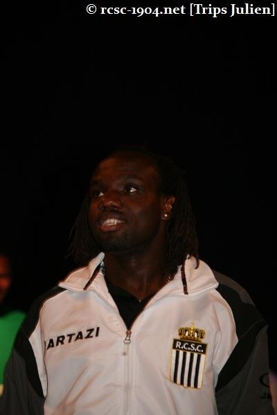Présentation équipe 2010-2011 R.C.S.C. [Photos] (Coliseum) 1007240930031004306453606