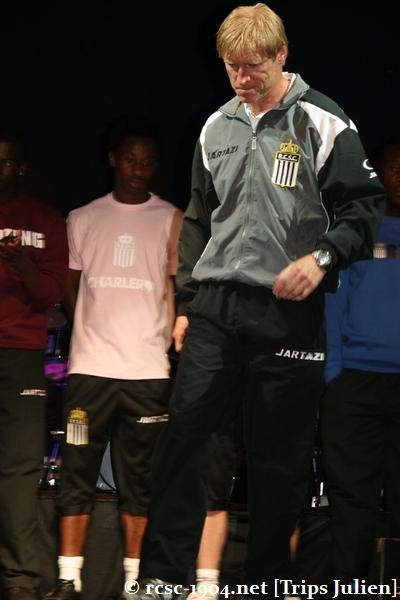 Présentation équipe 2010-2011 R.C.S.C. [Photos] (Coliseum) 1007240932021004306453623