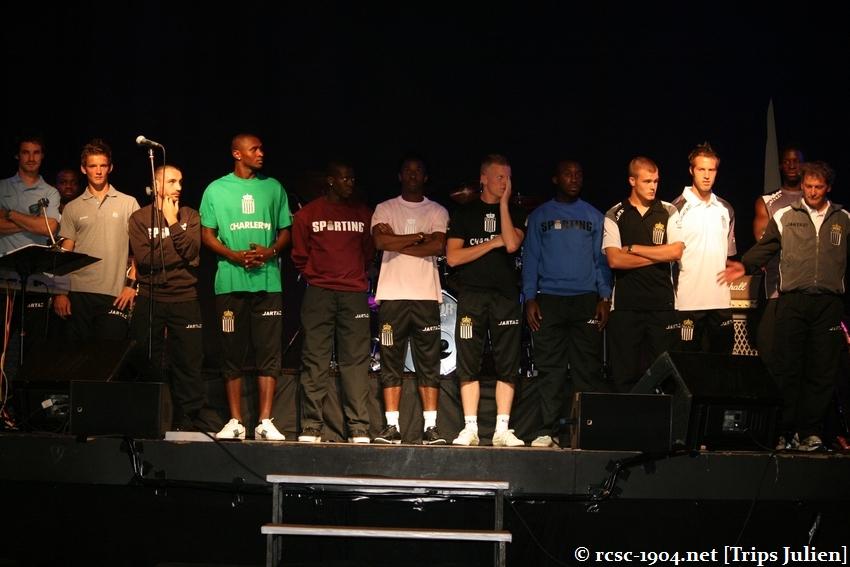 Présentation équipe 2010-2011 R.C.S.C. [Photos] (Coliseum) 1007240932261004306453629
