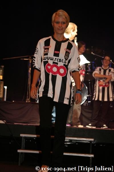 Présentation équipe 2010-2011 R.C.S.C. [Photos] (Coliseum) 1007240935151004306453655