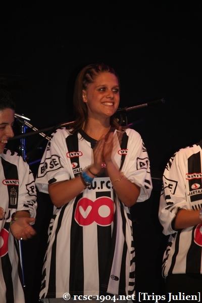 Présentation équipe 2010-2011 R.C.S.C. [Photos] (Coliseum) 1007240936501004306453658