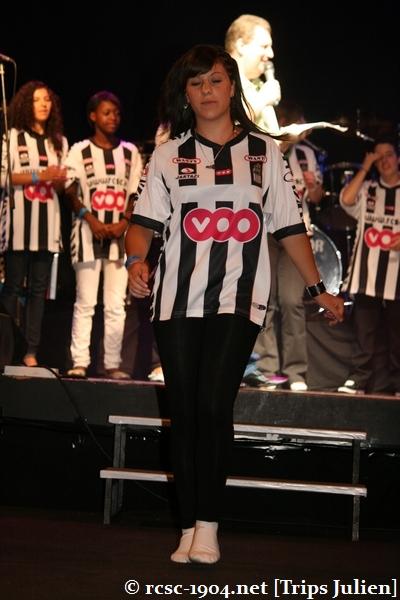 Présentation équipe 2010-2011 R.C.S.C. [Photos] (Coliseum) 1007240936561004306453659