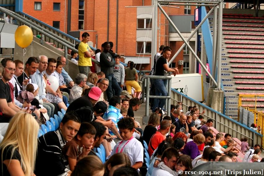 Journée Portes Ouvertes du R.Charleroi.S.C. [Photos] 2010-2011 1007261201591004306464137