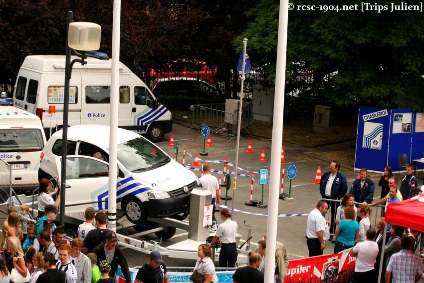 Journée Portes Ouvertes du R.Charleroi.S.C. [Photos] 2010-2011 1007261211311004306464189