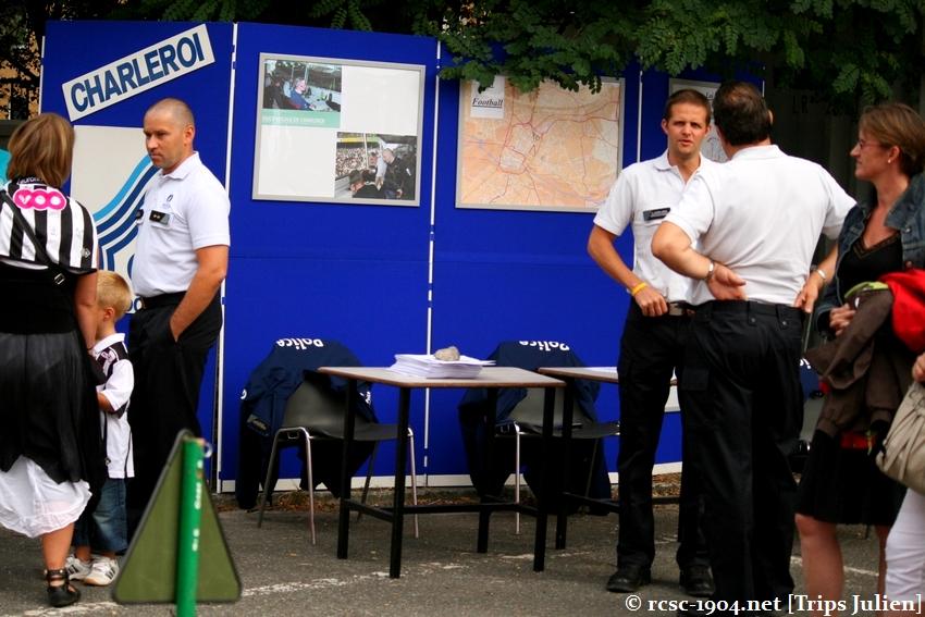 Journée Portes Ouvertes du R.Charleroi.S.C. [Photos] 2010-2011 1007261212021004306464192