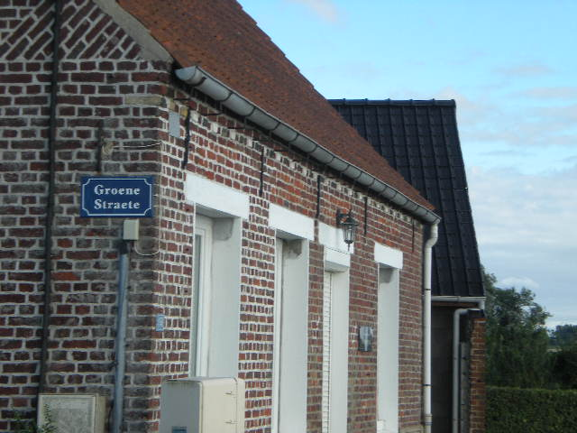 Tweetalige verkeersborden in Frans-Vlaanderen - Pagina 6 100807093902970736528221