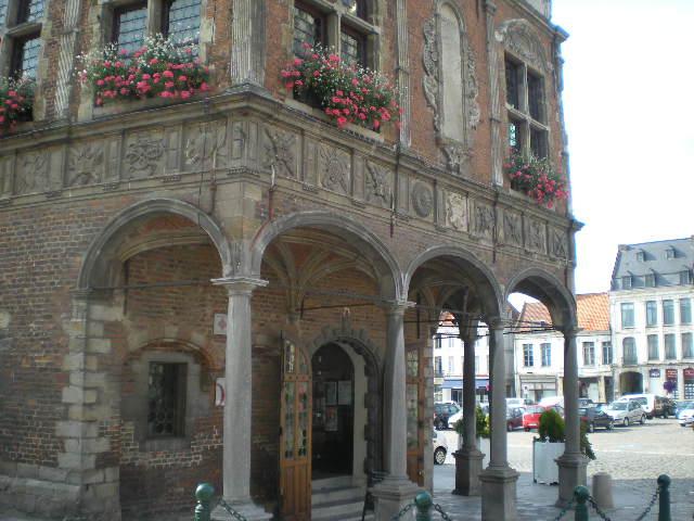 Drietalige borden van Ariën (Aire-sur-la-Lys) 100810100313970736540477