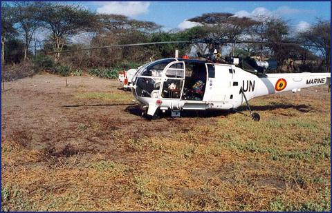 A961 Zinnia - Operation EQUATOR KISS (dec 1992 - jan 94) - Page 5 1008220630421050246610136