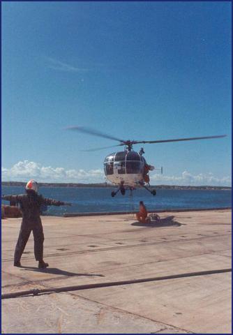 A961 Zinnia - Operation EQUATOR KISS (dec 1992 - jan 94) - Page 5 1008220630441050246610146